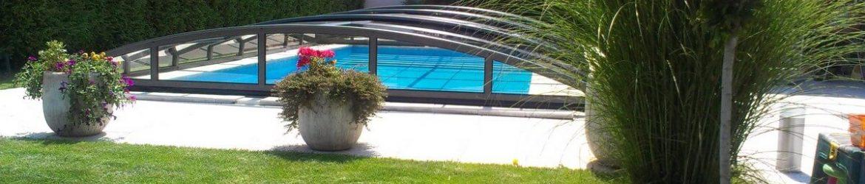 zadaszony basen ogrodowy