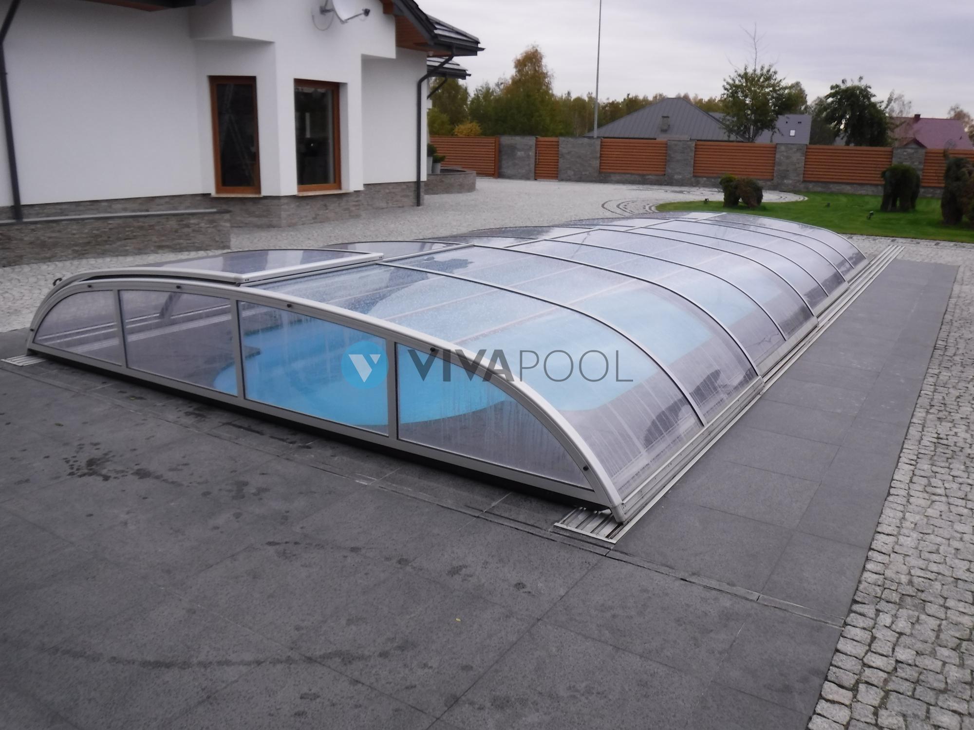 sklep baseny poliestrowe zadaszenia odkurzacze basenowe folia solarna