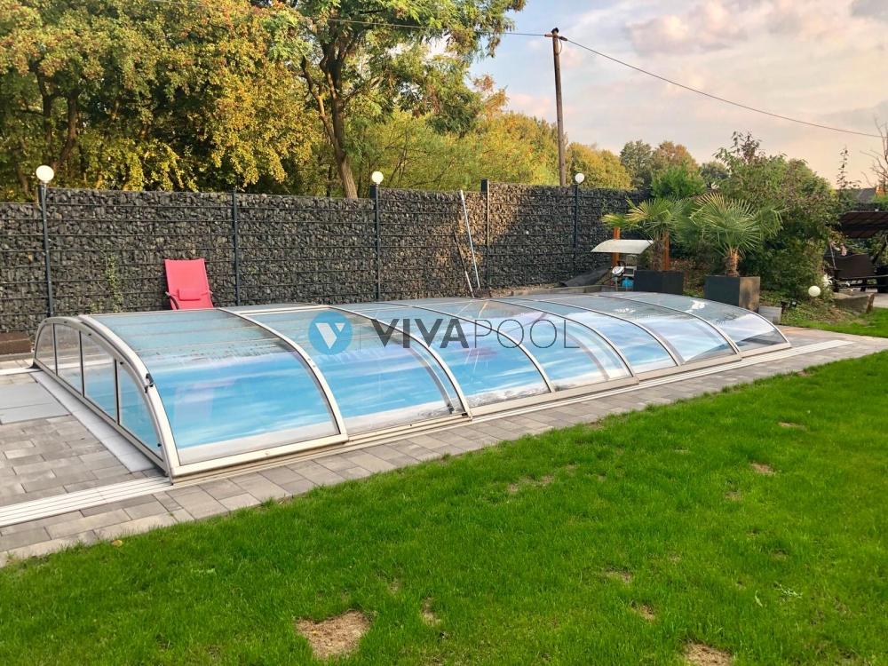 zadaszenie-do-basenu-ogrodowego-elegant-poliweglan-lity